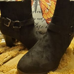 Brand New Women's black bootie